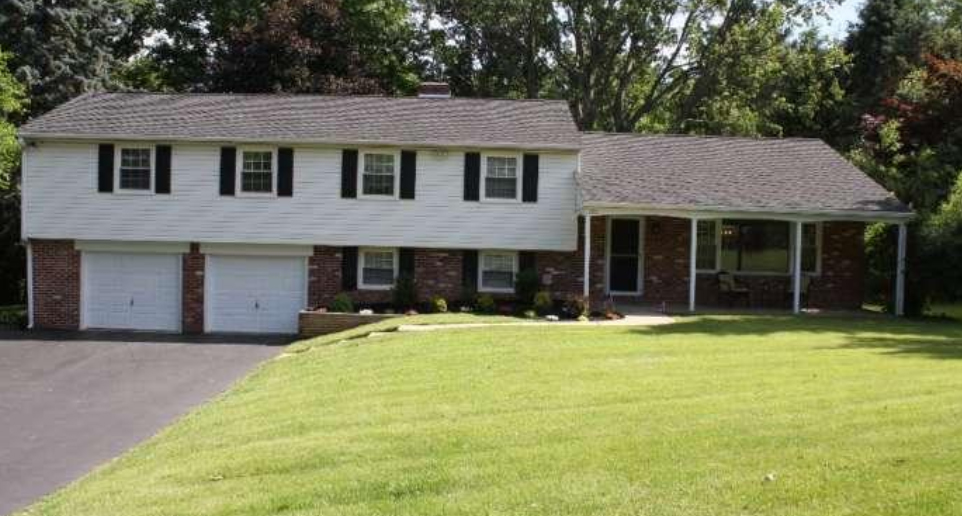 125 Hunting Hills Ln Media, PA 19063 home for sale Delaware County