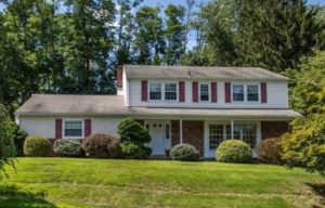 208 Cherry Hill Ln Broomall, PA 19008 home for sale Delaware County