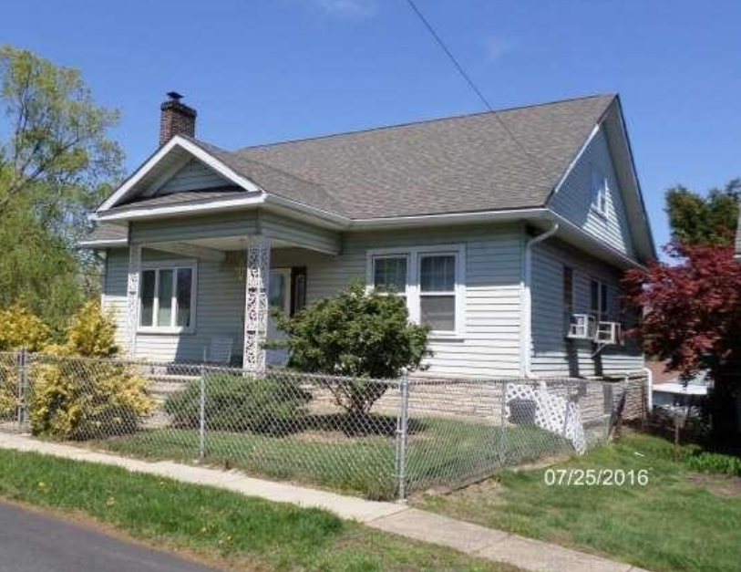 2585 Radcliffe Rd Broomall, PA 19008 home for sale Delaware County