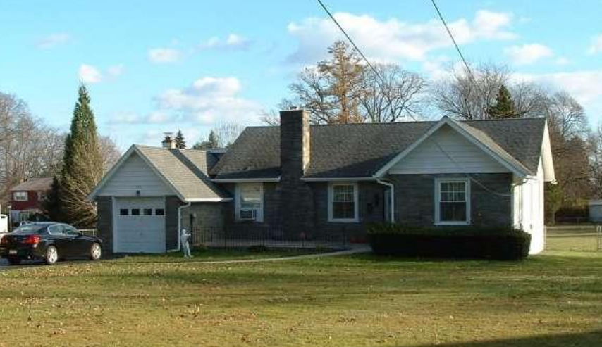 137 Media Line Rd Broomall, PA 19008 home for sale Delaware County