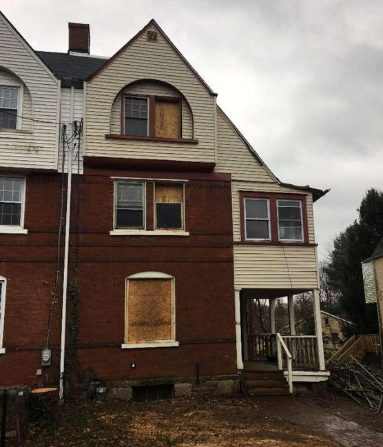 Fixer Upper at 307 South Ave Media, PA 19063 home for sale Delaware County