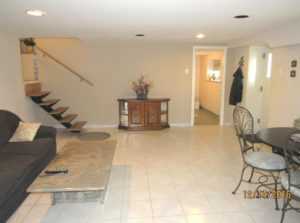 14 S New Ardmore Ave, Broomall, PA 19008
