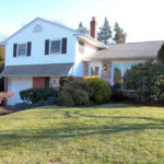 2224 Winding Way Broomall, PA 19008 home for sale Delaware County