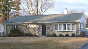 2228 Windsor Cir Broomall, PA 19008 home for sale Delaware County