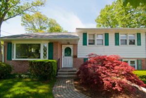 210 Hearth Rd Broomall, PA 19008 home for sale Delaware County