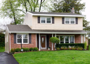 426 Hampshire Dr Broomall, PA 19008 home for sale Delaware County