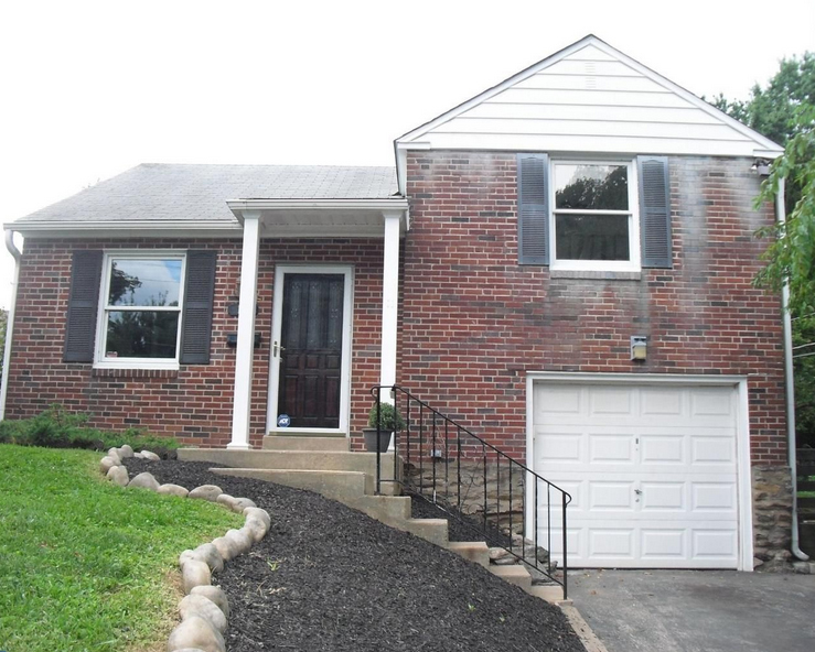 A home for sale at 18 N Malin Rd Broomall, PA 1900 in Delaware County.