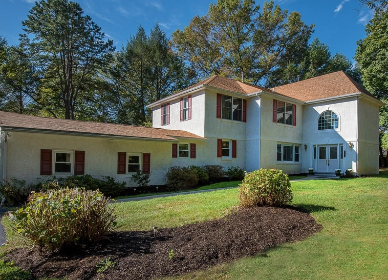 A home for sale at  922 Hunt Rd Radnor, PA 19008 in Delaware County