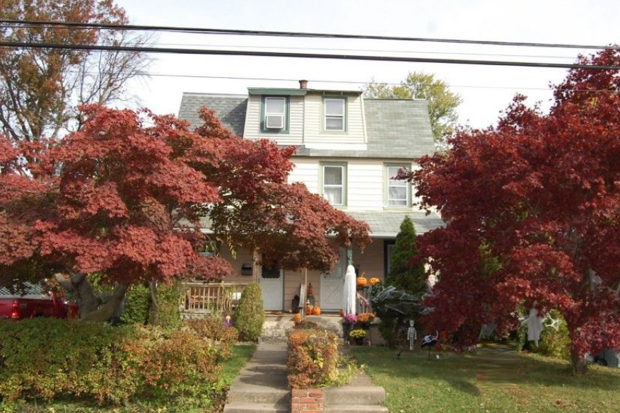 A home for sale at 2609 Cynwyd Ave Broomall, PA 19008 in Delaware County