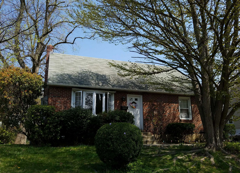 A home for sale at  2565 Harding Ave Broomall, PA 19008 in Delaware County