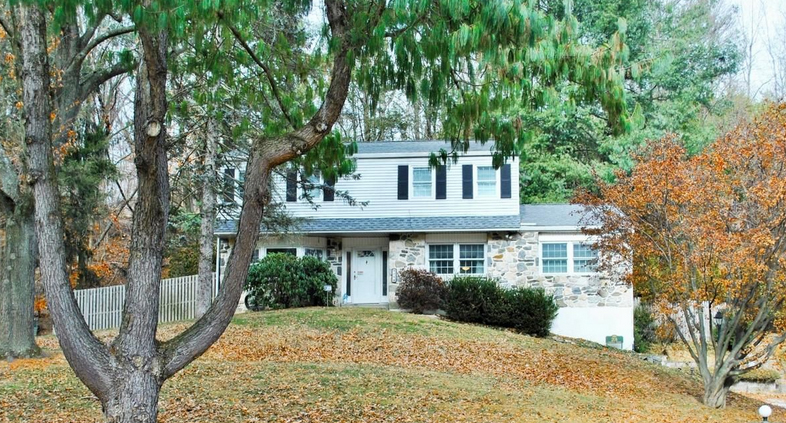 A home for sale at 208 Lindbergh Ave Broomall, PA 19008 in Delaware County